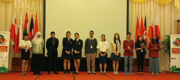 SMAN 1 Magetan Took A Part in International Event : Action For Earth-Global Youth Summit-(GYS), Hanoi, Vietnam 2015
